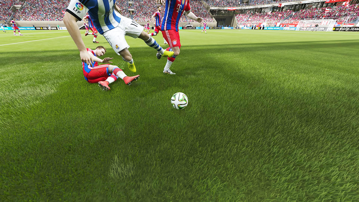 FIFA 15 A Bad Tackle