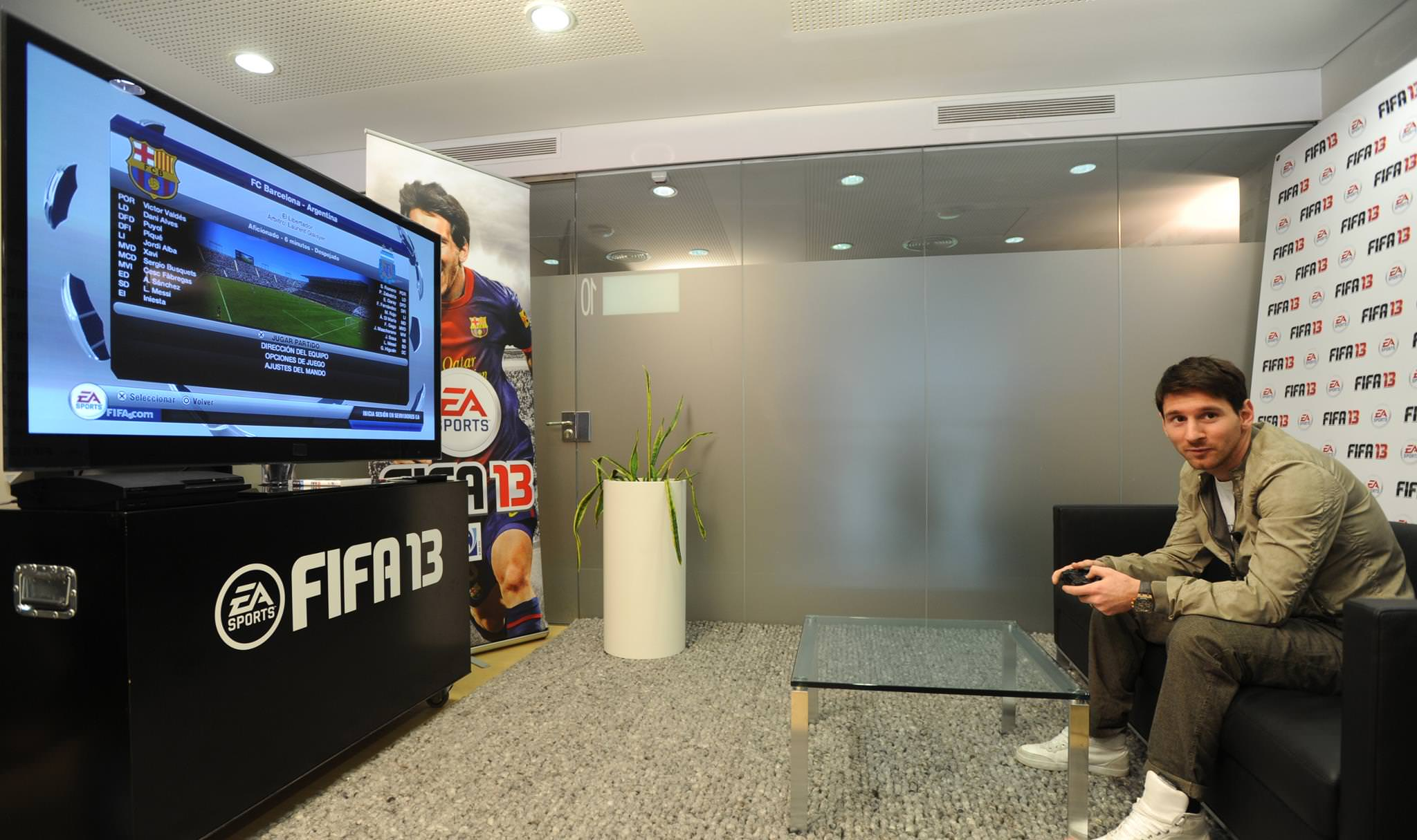 Messi Playing FIFA 13